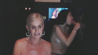 Teaching Stepdaughter To Suck BBC From Glory Hole