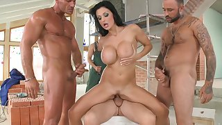 Blow bang experience for busty raven Aletta Ocean