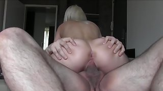 Senior hunk gets to pound a curvy ass blonde