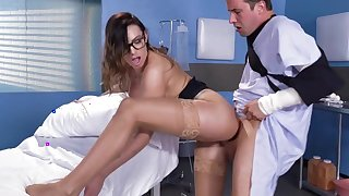 Impressive Juelz Ventura hopsital porn play with ill patient