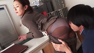 Miho Amano, Ruri Shirota in Unexpected Situation in the Workplace part 1