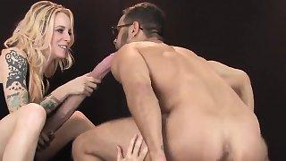 Teens fuck fellows anal with big belt cocks and splash jizm