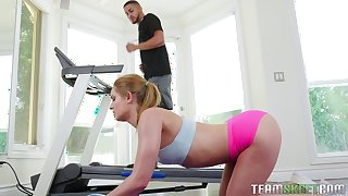 A little bit of workout before having sex with hot Daisy Stone