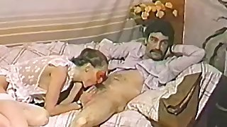 Masked housewife sucking her man off on the sofa passionately