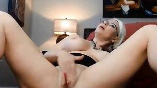 Squirting slut SABRINACASTELLOXXX with a butt plug ALIVEGIRL