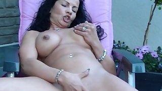Milf self pussy massage