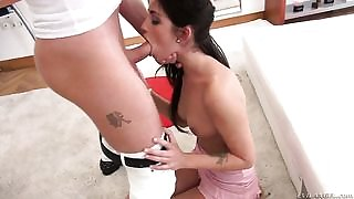Brunette Chad Rockwell keeps her mouth wide open to take Rocco Siffredis tool deep down her throat