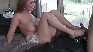 Milf hottie Sunny Nash with massive knockers fucks a lot