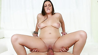 Brunette chick Melanie Hicks is on the way