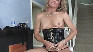 Blonde Jessie Volt gets her ass